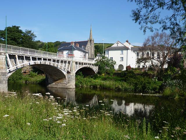 Long Bridge - Newtown